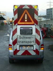 Begleitfahrzeug Spezialtransport Koch Metzingen
